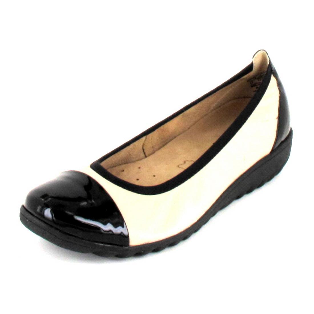 Caprice Ballerina Beige/Black