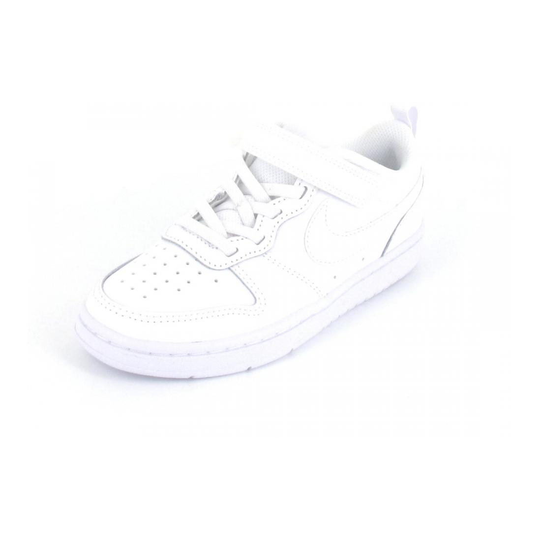 Nike Sneaker Court